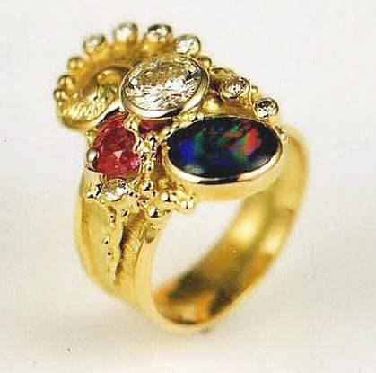 Ring, 18 Karat Gold, Opal, Rubin, Diamanten