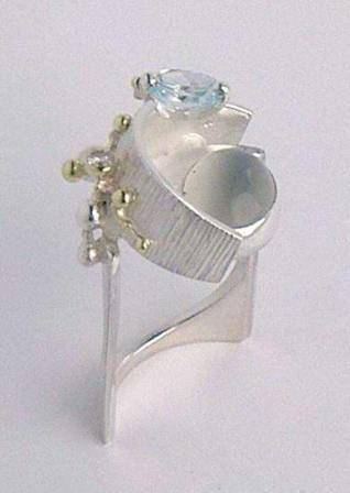 Gregory Pyra Piro One of a Kind Handmade Original Sterling Silver and 18 Karat Gold Ring with Moonstone