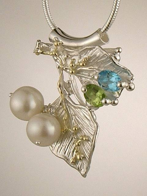 pearls antique peridot filigree arts crafts jewelry shop gold necklace