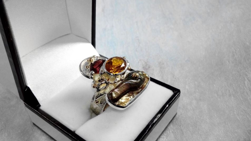 Ring #3292, sterling silver, gold, citrine, garnet, pearl, original handmade, one of a kind jewellery, art jewellery, Gregory Pyra Piro