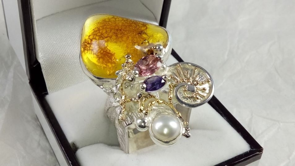 Ring #53869, sterling silver and 14 karat gold, amber, amethyst, pink tourmaline, pearl, original handmade, one of a kind jewellery, art jewellery, Gregory Pyra Piro