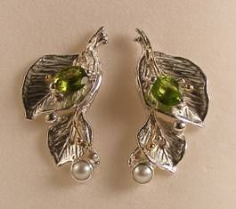 where to buy solder and reticulated mixed metal earrings, where to buy reticulated and soldered earrings with natural gemstones, Gregory Pyra Piro earrings 2182