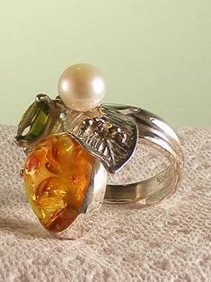 Original Handmade by Artist Designer Maker, Gregory Pyra Piro One of a Kind Original #Handmade #Sterling #Silver and #Gold, Jewellery in #London, #Art Jewellery, #Jewellery Handcrafted by #Artist, #Amber #Ring 5838