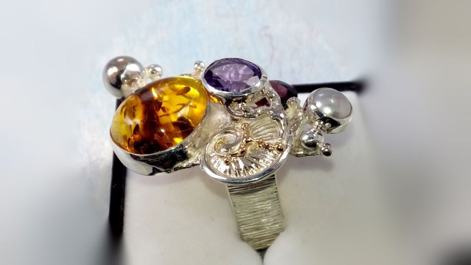 original maker's handcrafted jewellery, gregory pyra piro ring 1710, sterling silver, gold, amber, garnet, amethyst, pearl, fine craft gallery jewellery for sale, art and craft gallery artisan handcrafted jewellery for sale, jewellery with ocean and seashell theme