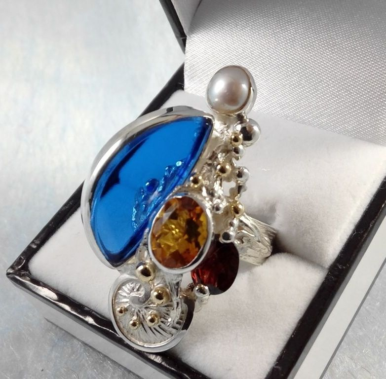 Ring #3624, sterling silver, gold, citrine, garnet, pearl, glass, original handmade, one of a kind jewellery, art jewellery, Gregory Pyra Piro