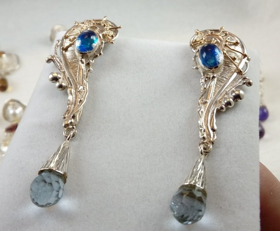 mixed metal reticulated jewellery with moonstone, where to buy artisan reticulated jewelry with blue topaz, reticulated and soldered earrings, reticulated mixed metal earrings, artisan reticulated and soldered earrings, Gregrory Pyra Piro earrings