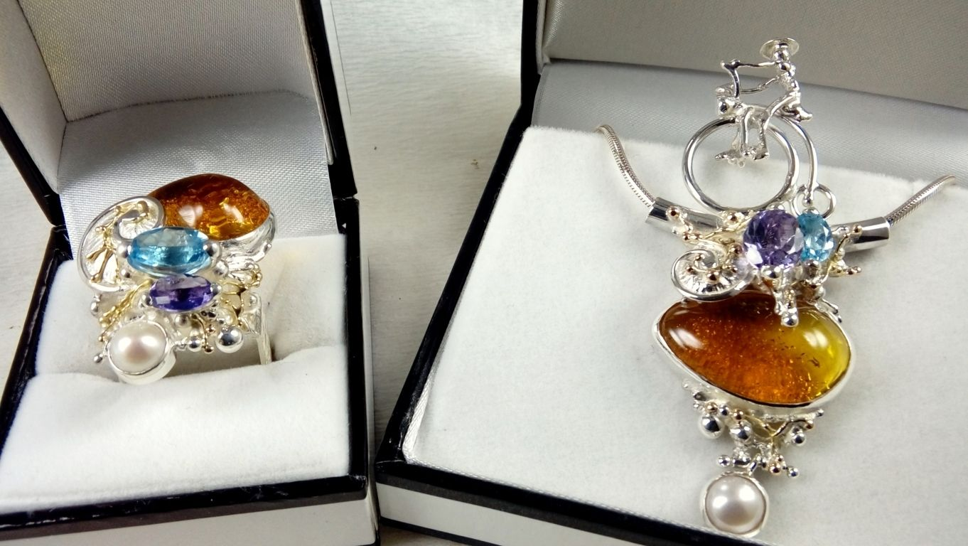 Gregory Pyra Piro Jewellery Set, Bicycle Pendant #1950 & Square Ring #4822, handmade ring, ring in sterling silver, ring in 14 karat gold, ring with blue topaz, reticulation silver and gold ring with amethyst, ring with amber, ring with pearl