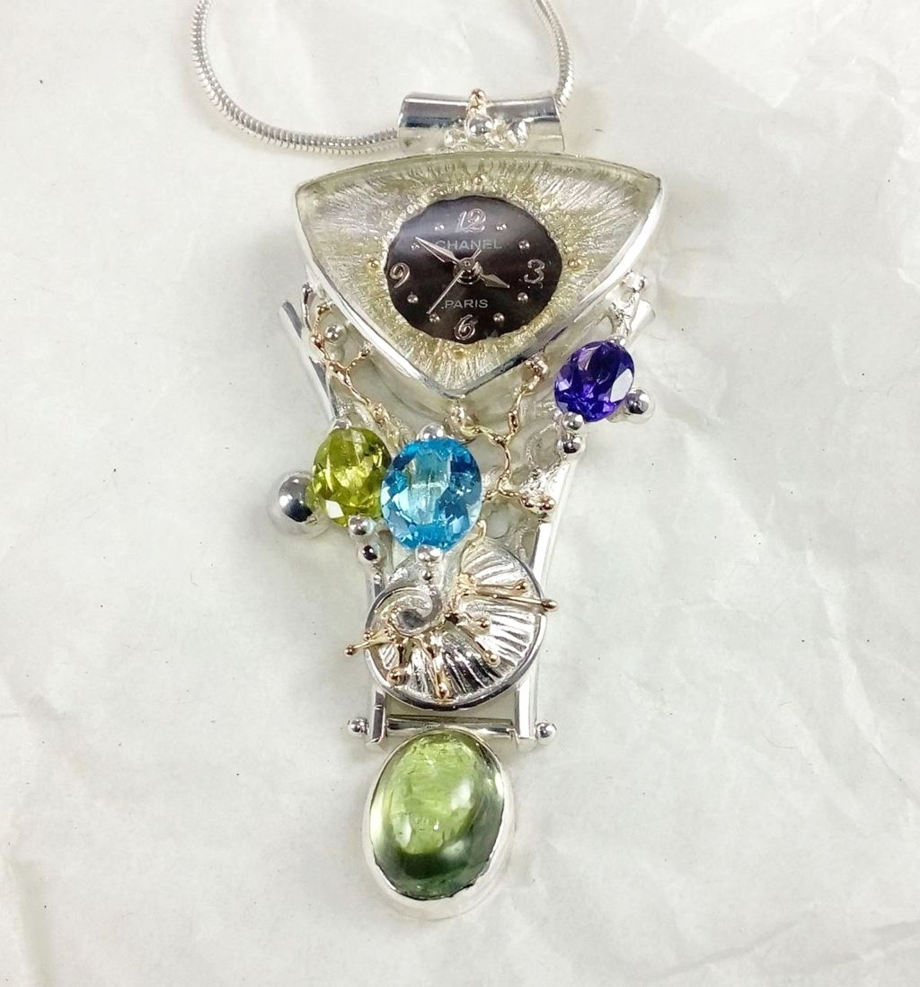 gregory pyra piro pendant with watch 749361, pendant with fluorite and amethyst, pendant with blue topaz and peridot, pendant with amethyst and peridot, mixed metal art jewellery, one of a kind jewellery in galleries